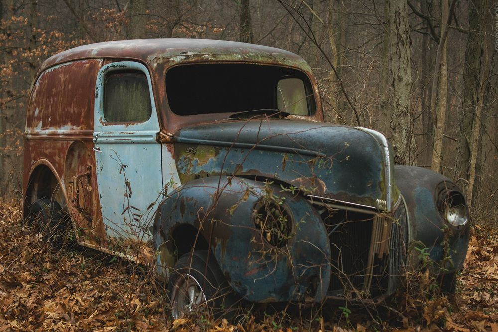 Abandoned car for scrap | NORD Holding AD