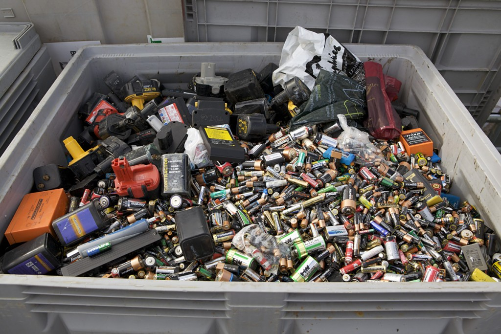 Battery waste for recycling